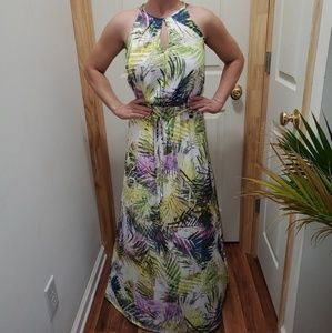 NWOT J. Lo high neck flowy dress, palm design
